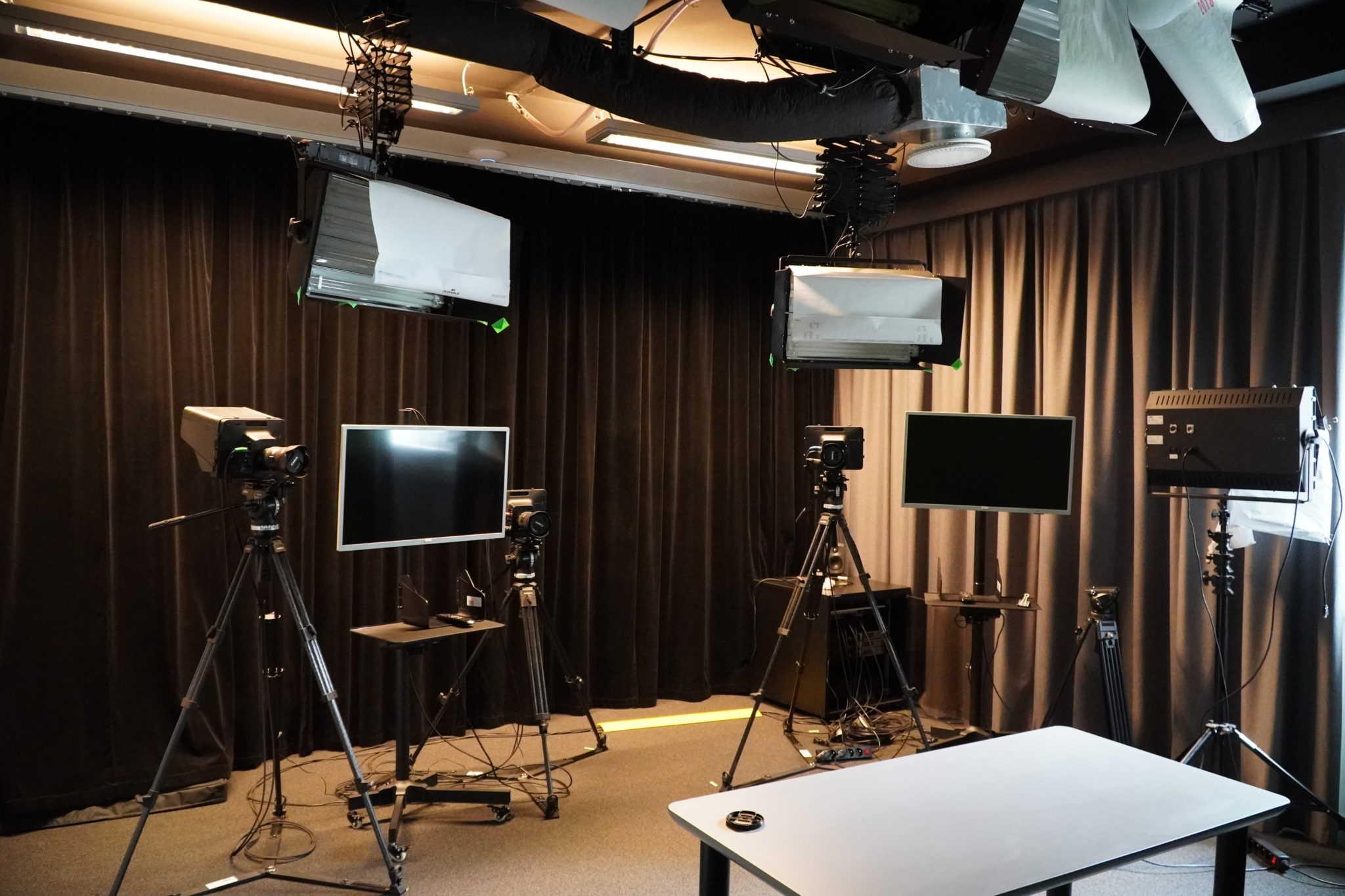 sprzet w studio nagraniowym